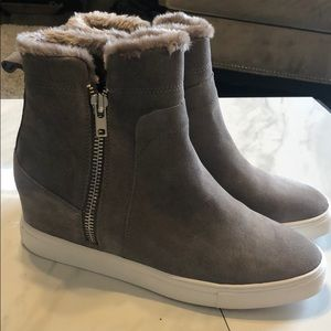 NEW STEVE MADDEN GRAY SUEDE PLATFORM SNEAKERS